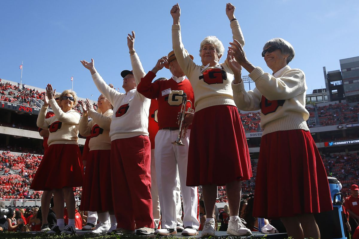These are the last Georgia cheerleaders who were scared of Vandy.