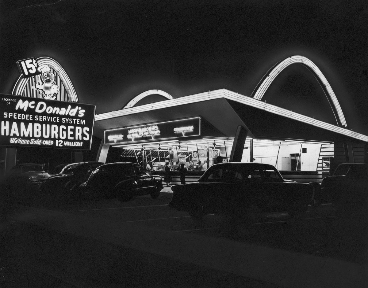 The first McDonald's restaurant, in Des Plaines, Illinois, sometime around 1955 (Photo by Hulton Archive/Getty Images)