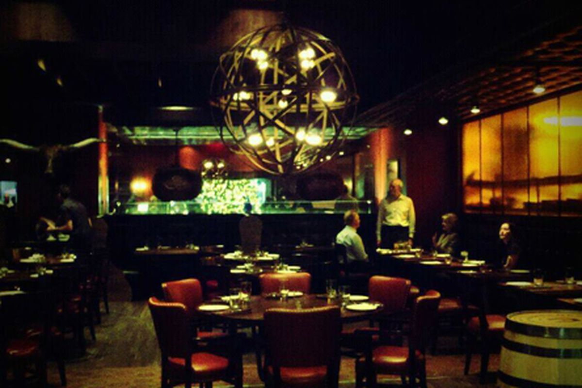 The dining room at Alma Cocina.