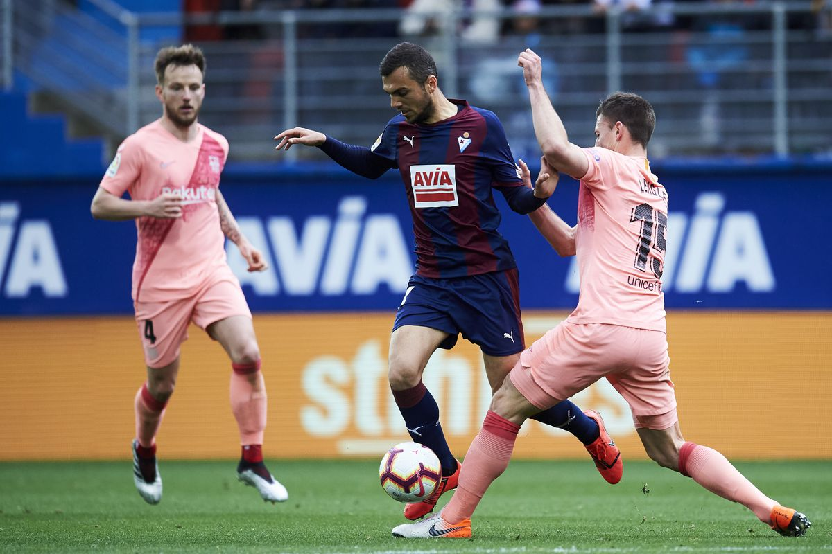 FC Barcelona show how not to warm up for a cup final against Eibar