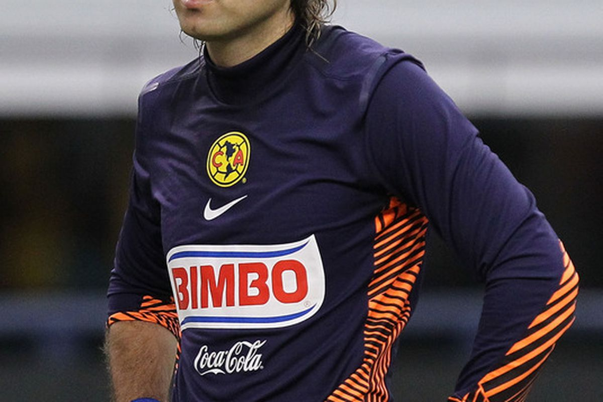 Armando Navarrete has hardly been Club America's problem this season, but he's struggling to fill the shoes of Guillermo Ochoa.
