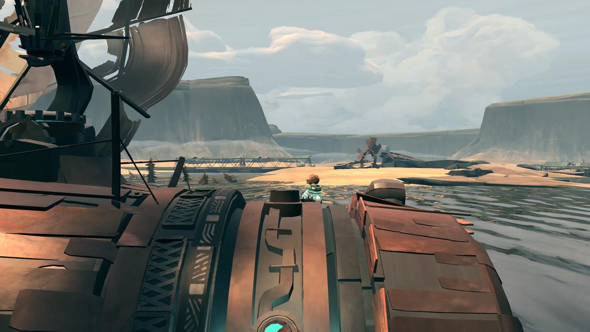 Trümmer füllen das Achterdeck eines tonnenförmigen Schiffes.