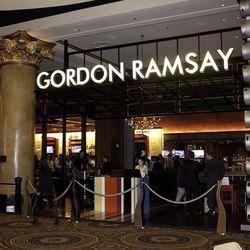 Staff training at Gordon Ramsay Pub & Grill.
