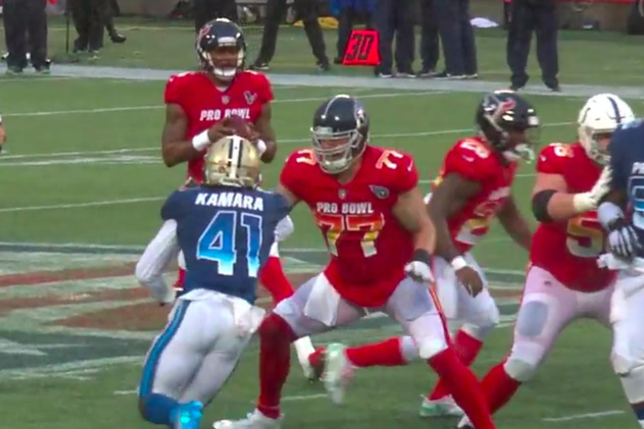 Screen Shot 2019 01 27 at 5.26.58 PM.0 - Alvin Kamara played defense, beat a real offensive lineman on a pass rush at the Pro Bowl