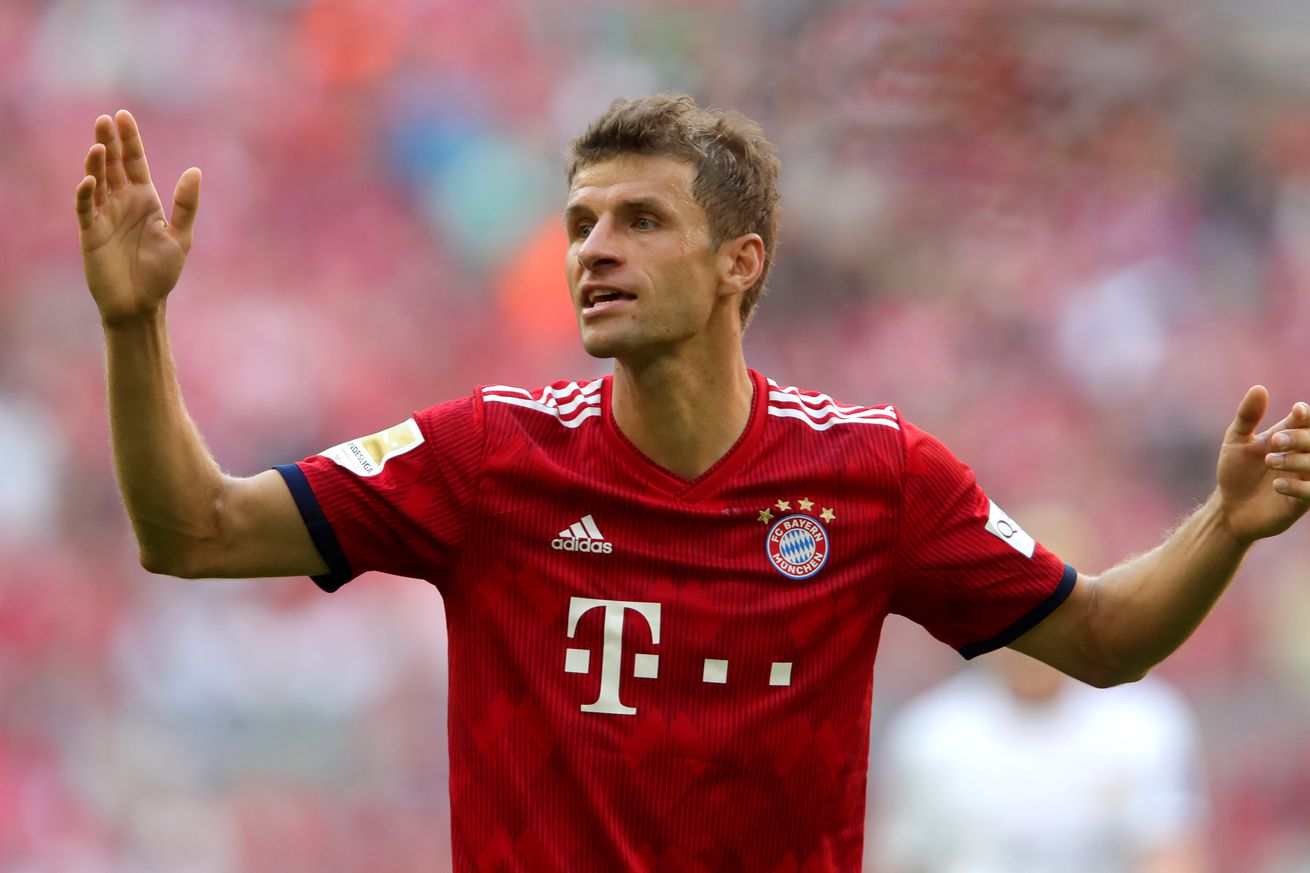 Daily Schmankerl: Thomas Müller on verge of milestone; PSV player to fight over Leo Messi; Bailey advised to avoid Chelsea; and MORE!