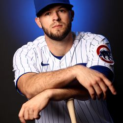 The thoughtful bat pose by David Bote
