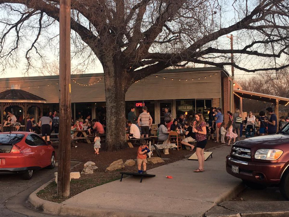 27 Kid Friendly Austin Restaurants That Aren T Boring