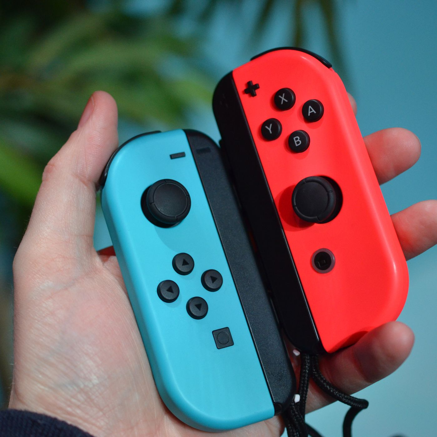 9195f3f9b6b12 The best thing about Nintendo Switch is its slick new controller ...