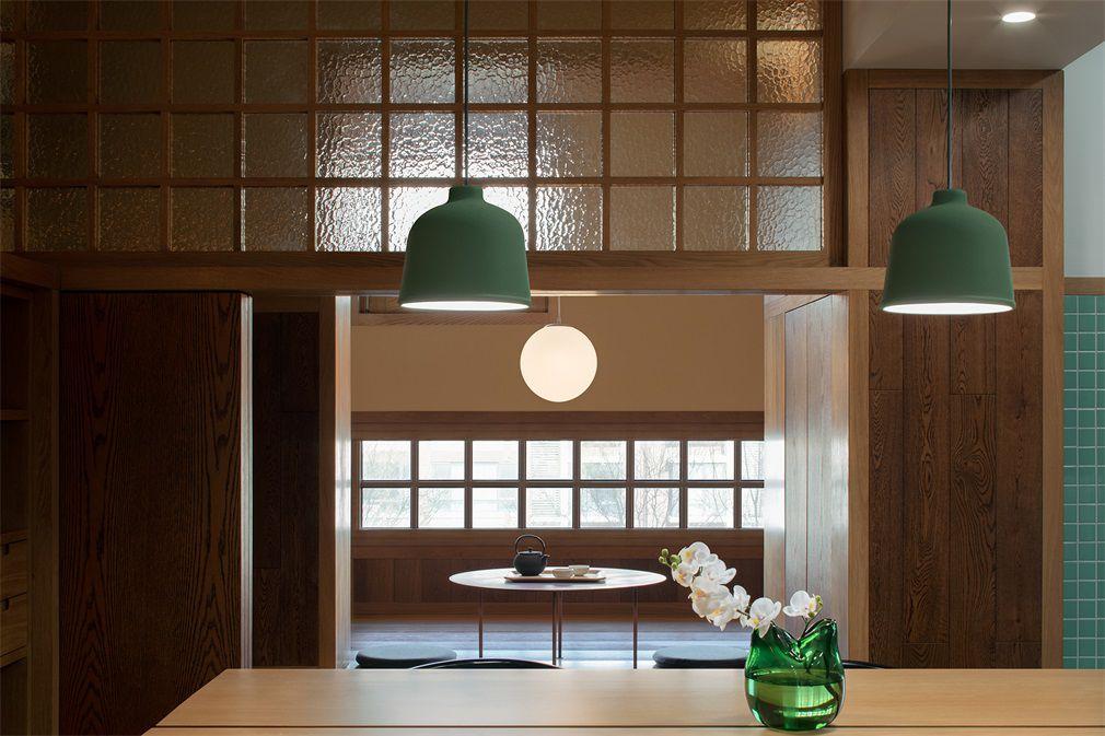 Beijing Apartment Balcony Transformed Into Japanese Teahouse