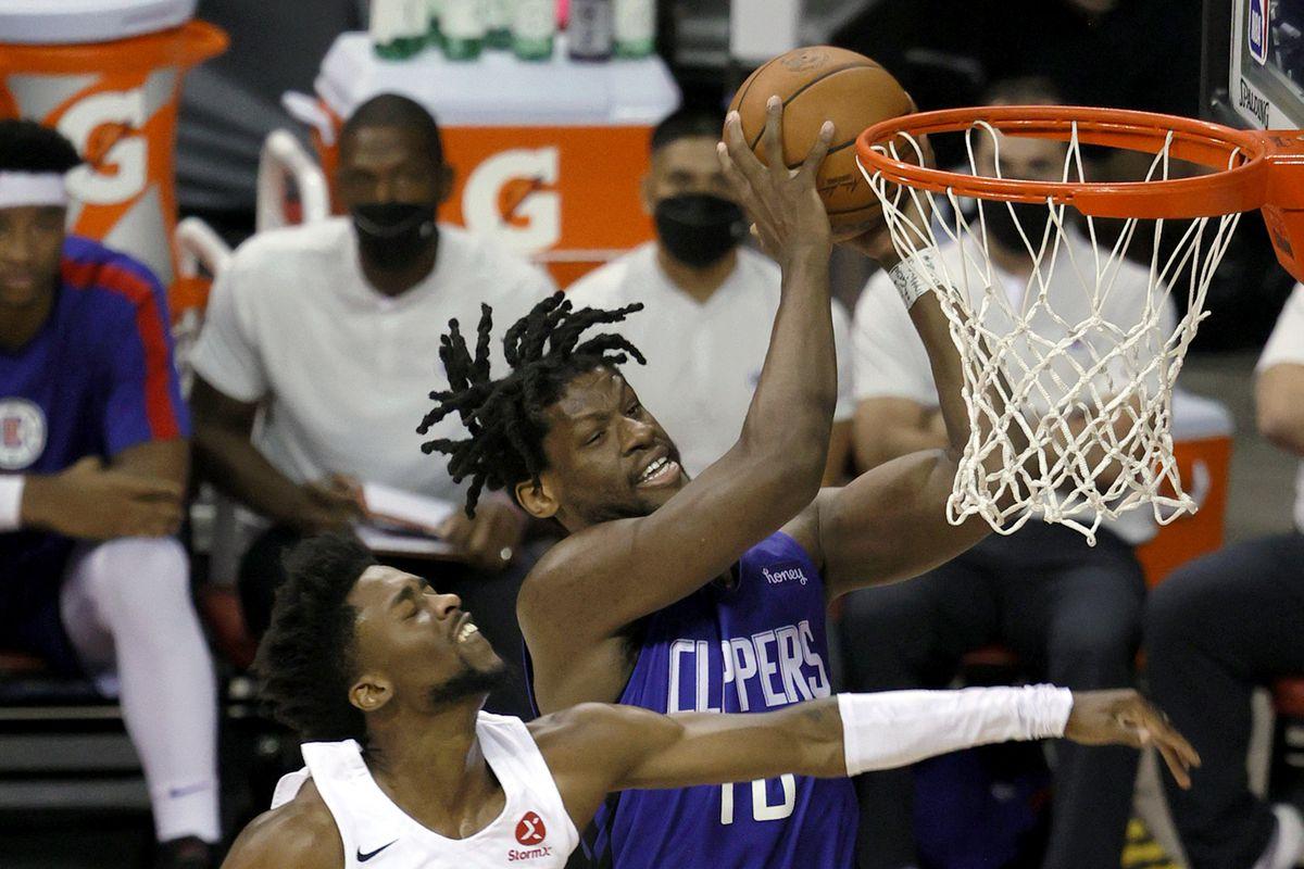LA Clippers v Portland Trail Blazers