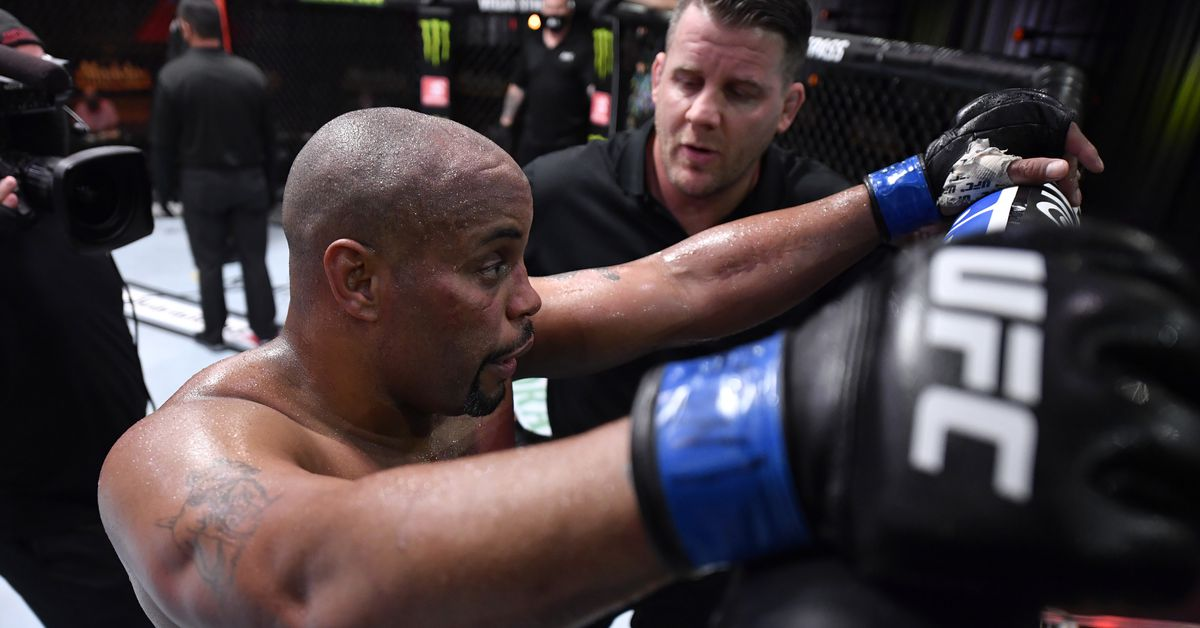 Dana White praises Daniel Cormier, calls him 'the best to work with'