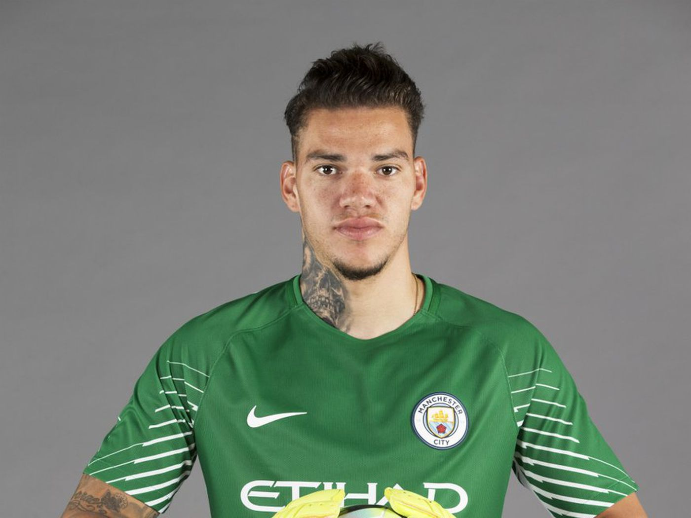 1521bb4bb Manchester City FINALLY announce Éderson Moraes signing - Bitter and Blue