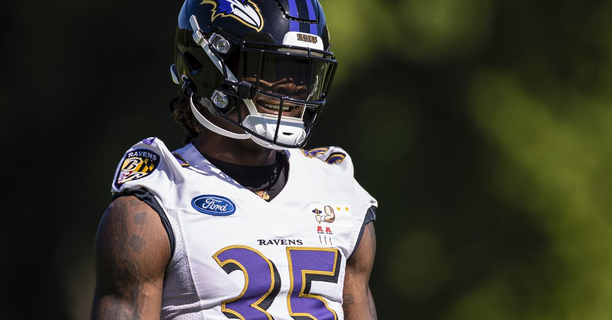 Gus Edwards predictions: Prop bet picks and why he'll go over on rushing yards, under on TDs in 2021 NFL seas… - DraftKings Nati