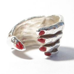 """Susan Alexandra 'Baby Hold On' ring, <a href=""""http://www.susanalexandra.com/products/baby-hold-on-ring-sterling-silver"""">$170</a>"""