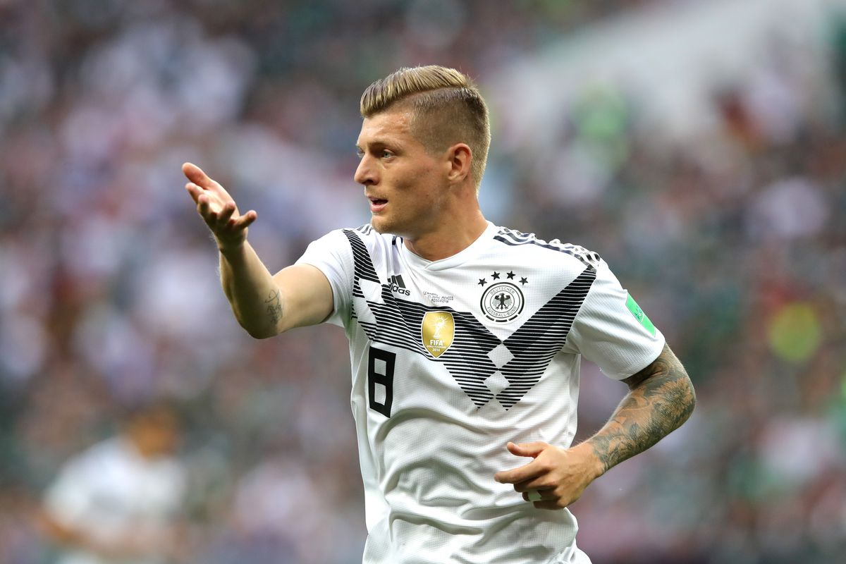 28b0fc30915f Daily Schmankerl: Kroos avoided passing to Plattenhardt; Khedira thinks he  was bad in Russia; and MORE!
