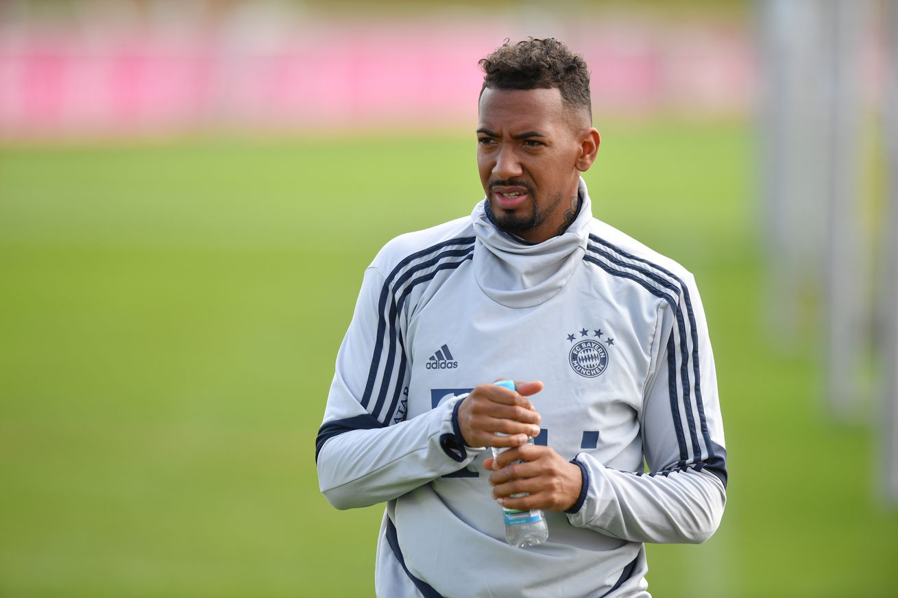 Daily Schmankerl: Boateng in car crash, Giulia Gwinn joins WeKickCorona, Robben and Thiago stay fit, and more!