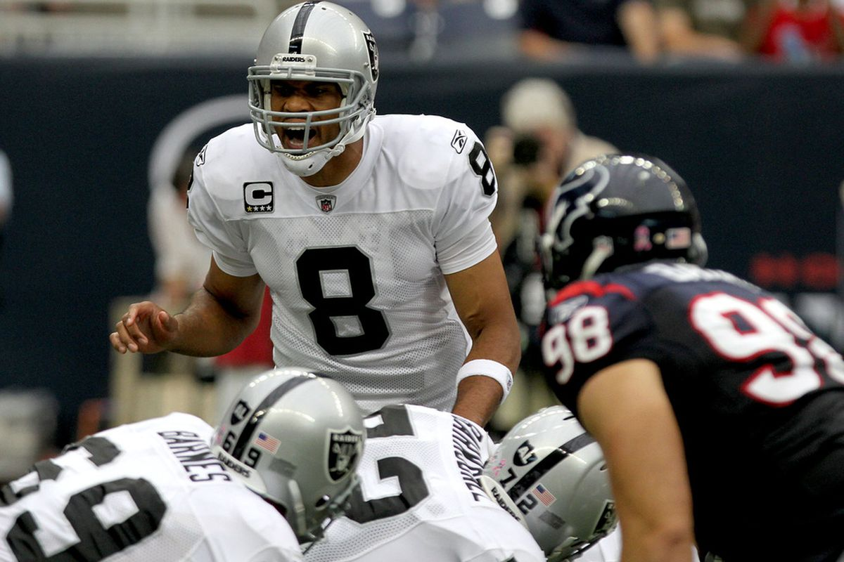 HOUSTON, TX - OCTOBER 09:  Quarterback Jason Campbell #8 of the Oakland Raiders calls out an audible against the Houston Texans on October 9, 2011 at Reliant Stadium in Houston, Texas. Raiders won 25 to 20.(Photo by Thomas B. Shea/Getty Images)
