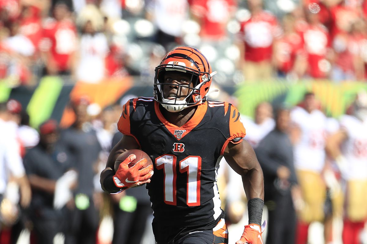 John Ross III of the Cincinnati Bengals runs for a touchdown during the game against the San Francisco 49ers at Paul Brown Stadium on September 15, 2019 in Cincinnati, Ohio.