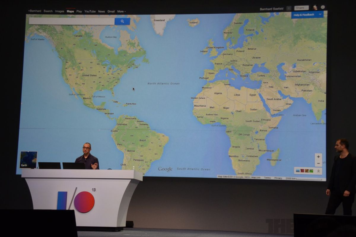 Google Maps integrates Google Earth and Street View in