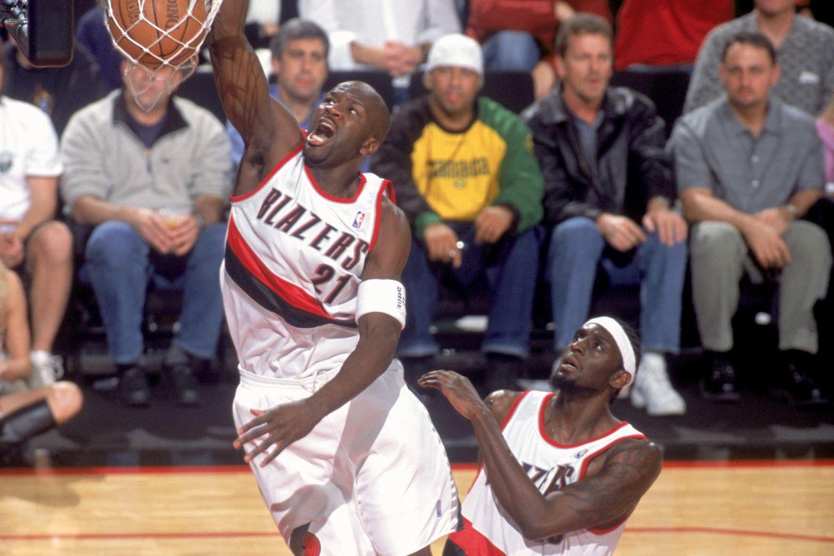 Milwaukee Bucks v Trail Blazers