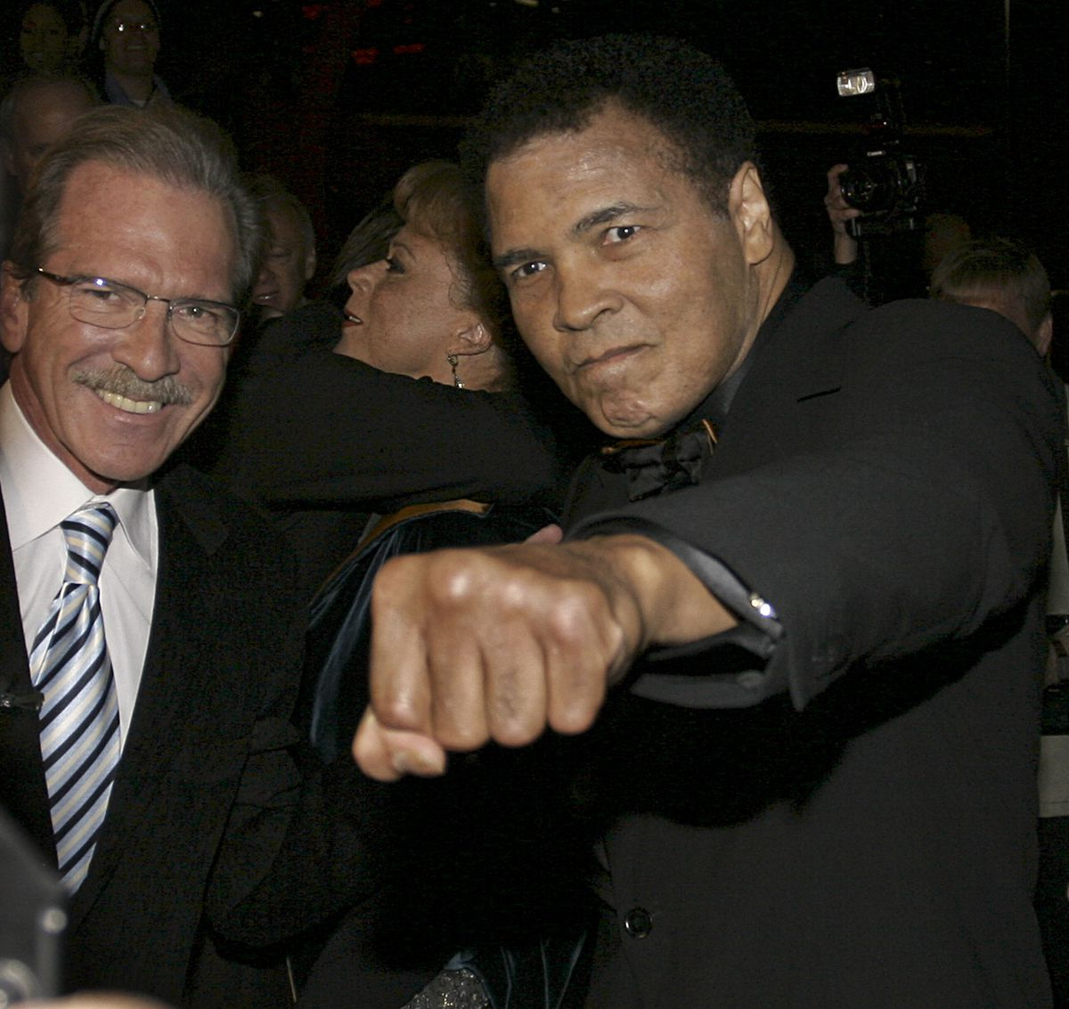 O'Brien with Muhammad Ali in 2005 (APImages)