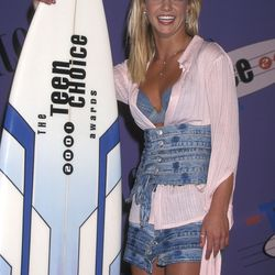 The Disney Darling (2001): Britney Spears went for a DIY denim look at the Teen Choice Awards, complete with countless waistbands.