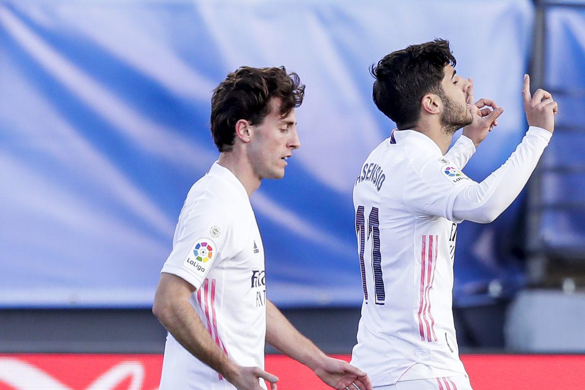 Real Madrid v Levante - La Liga Santander