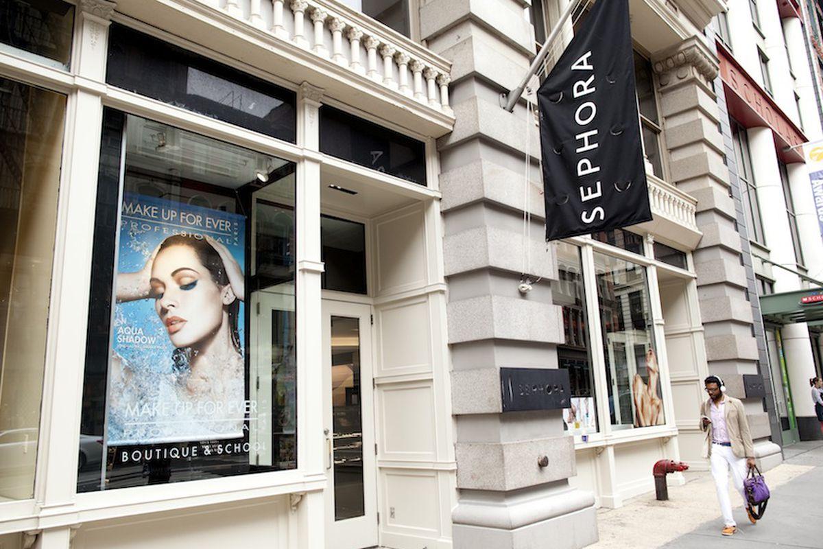 Sephora on Broadway in Manhattan. Photo by Brian Harkin.