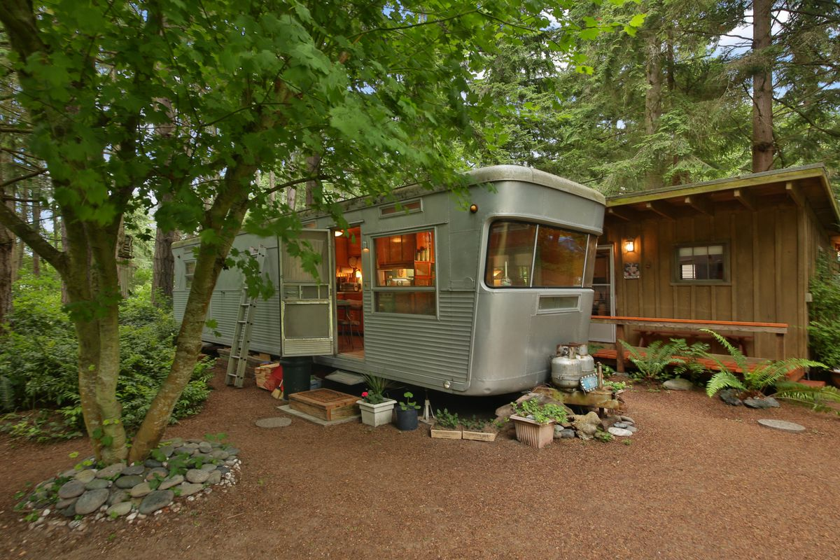 A little cabin and trailer in the Whidbey Island woods ... on laid out mobile homes, home improvement mobile homes, hgtv mobile homes, neat mobile homes, for rent mobile homes,