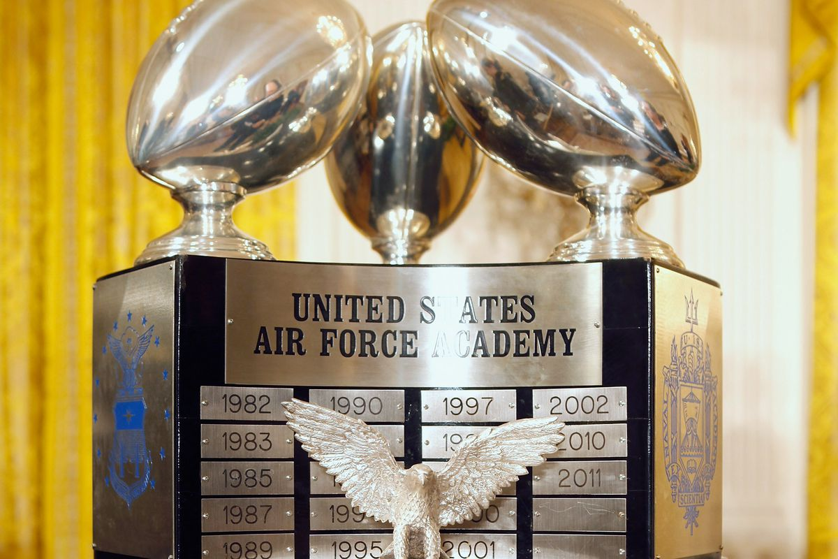 Obama Presents Commander-in-Chief Trophy To Air Force Academy football Team