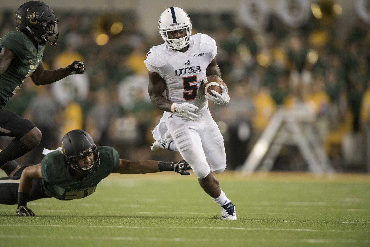 NCAA Football: Texas-San Antonio at Baylor