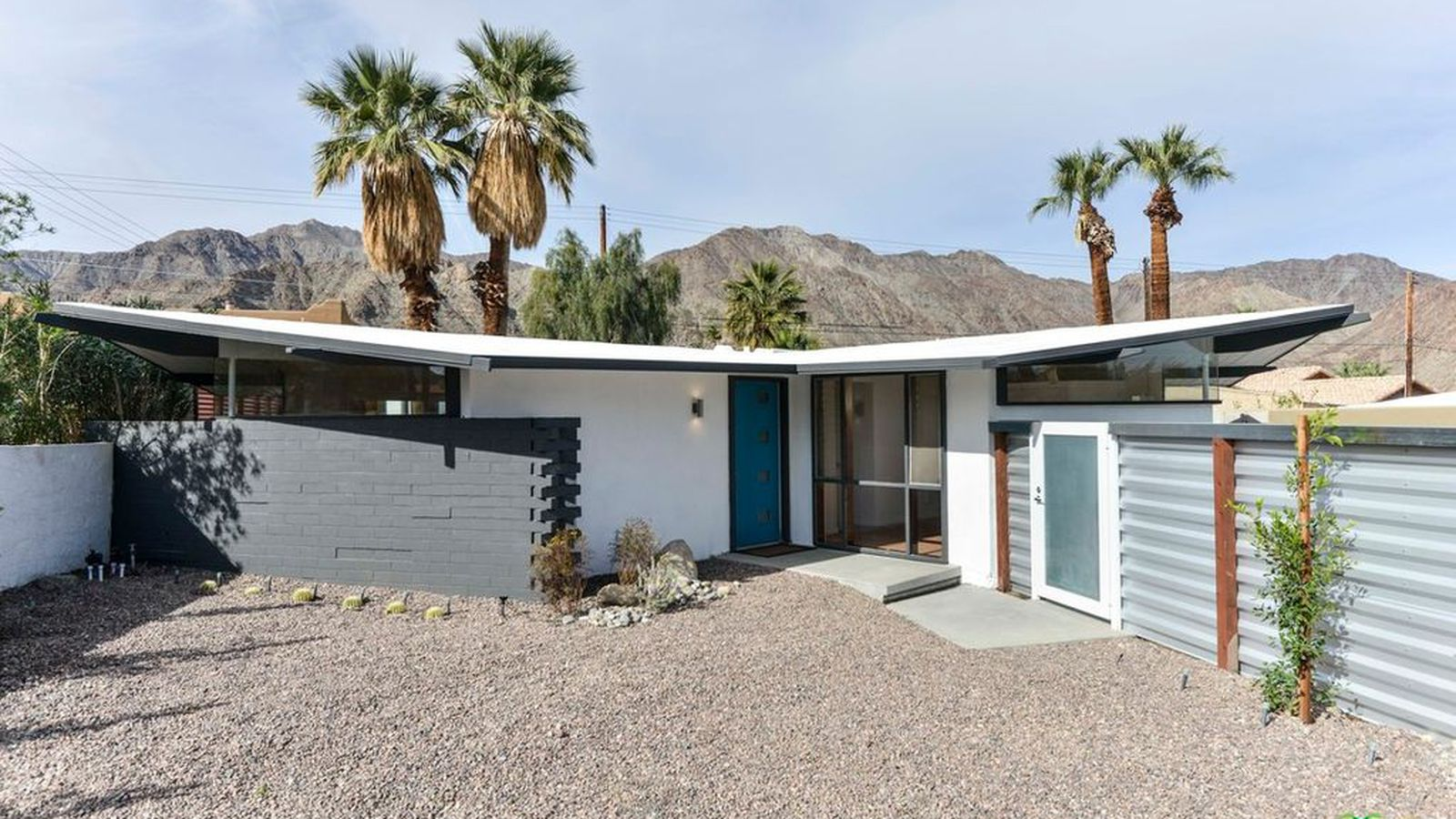 Midcentury bungalow in cali desert can be yours for 250k for Building a house for 250k