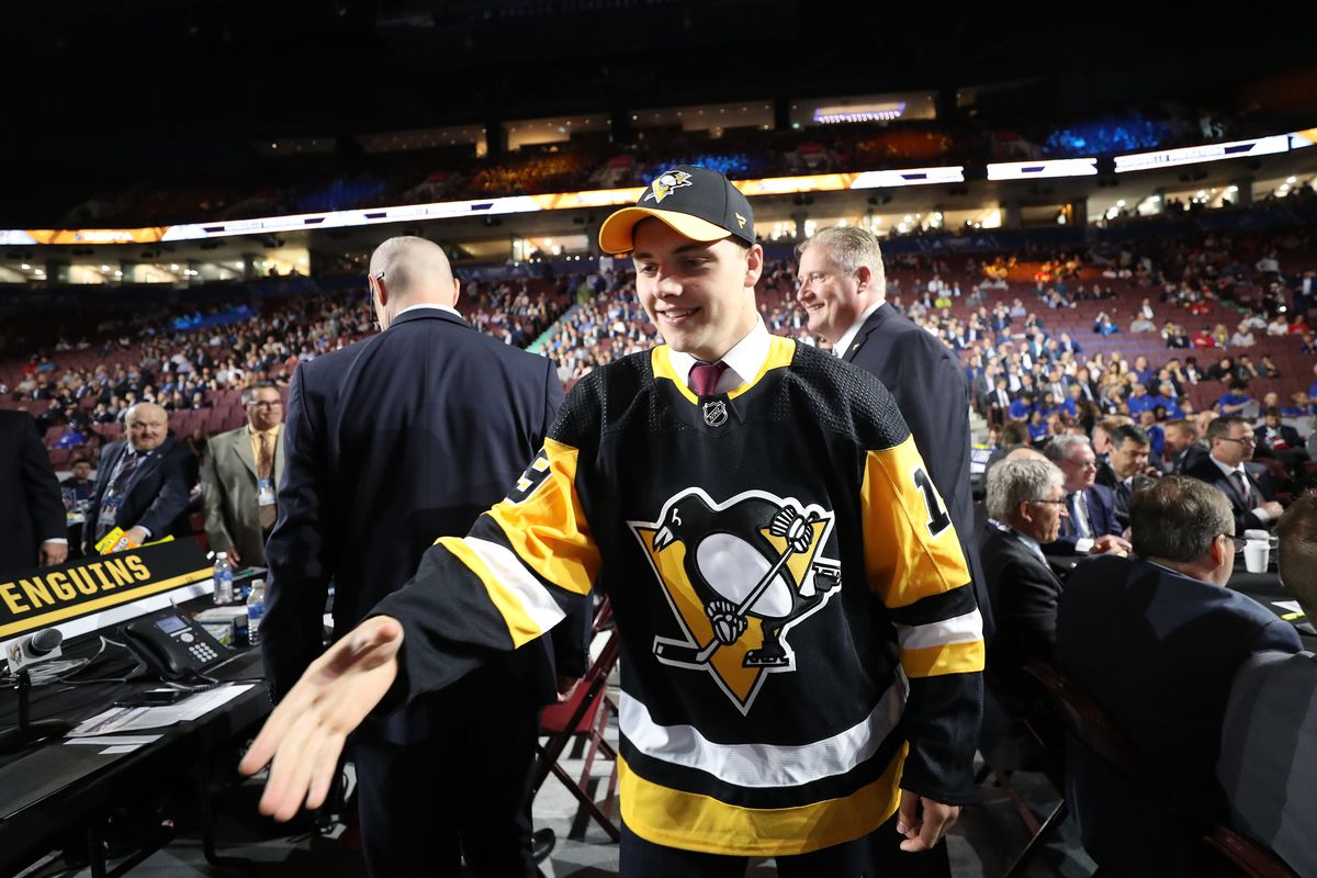 sale retailer 512c1 a3394 2019 NHL Draft: Penguins trade up to select Nathan Legare in ...