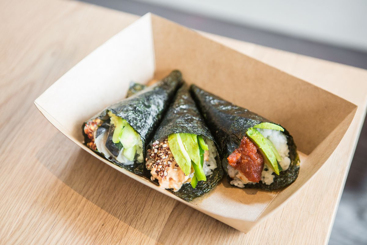 Several hand rolls from Uroko