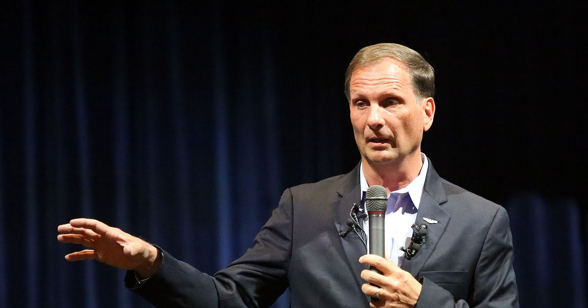 Mussolini comment kept Chris Stewart from intelligence job, report says
