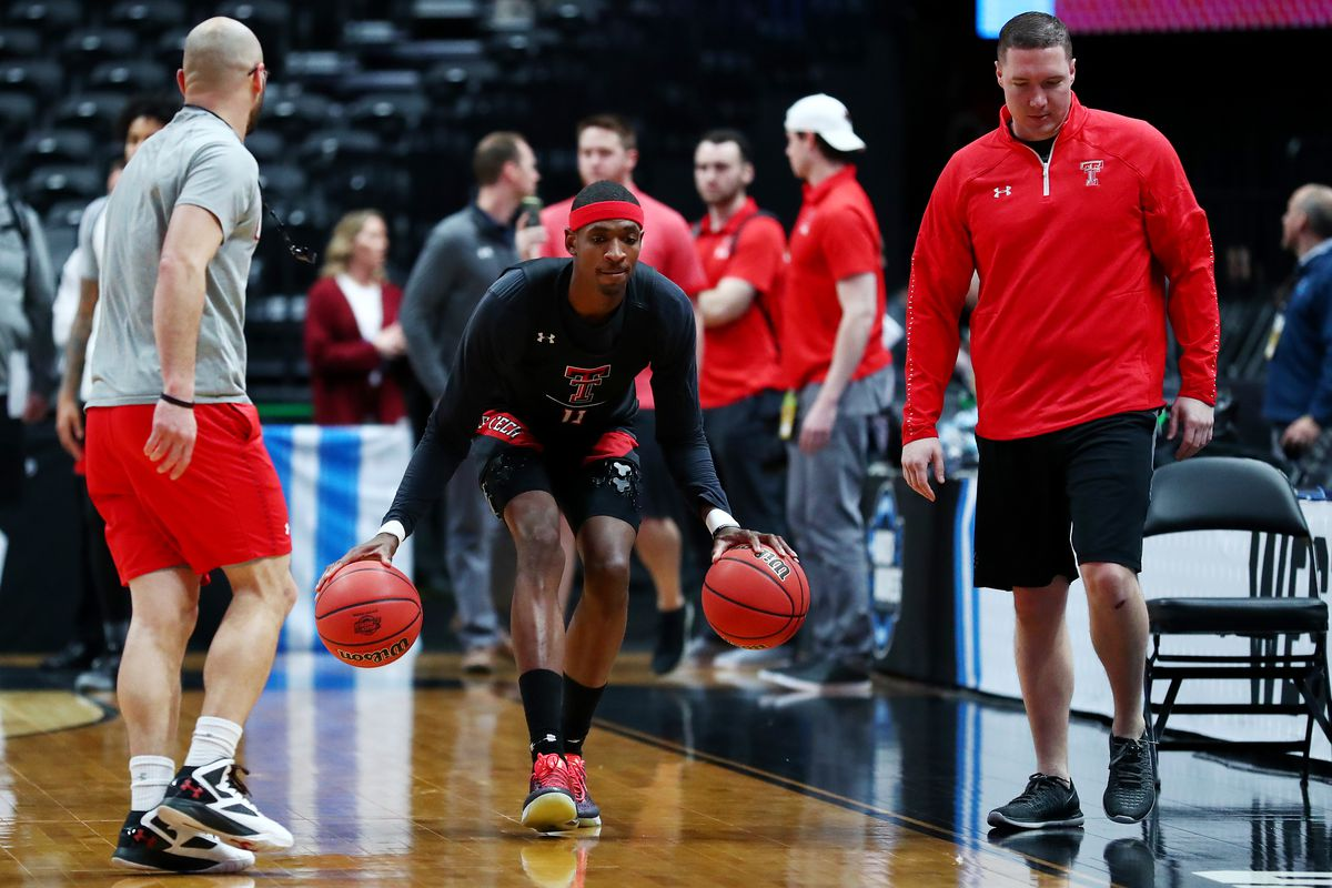NCAA Basketball Tournament - West Regional - Anaheim - Practice Sessions