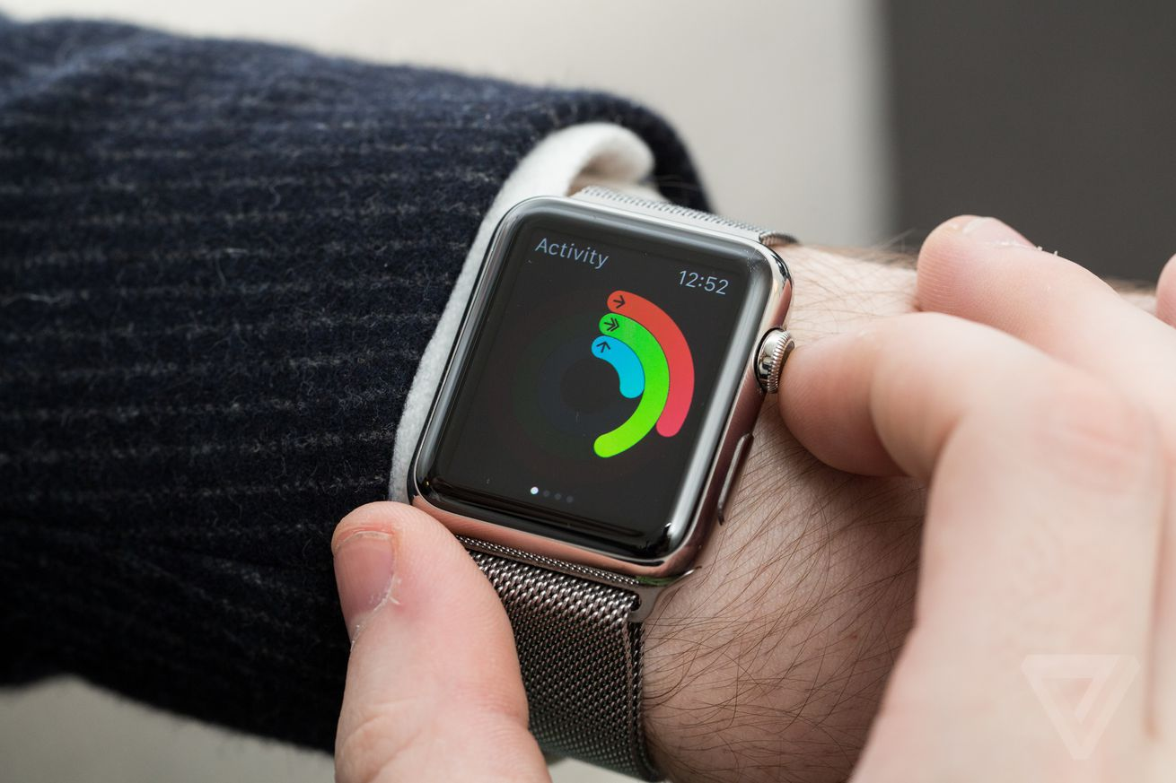 apple is reportedly planning to update its apple watch with a solid state button