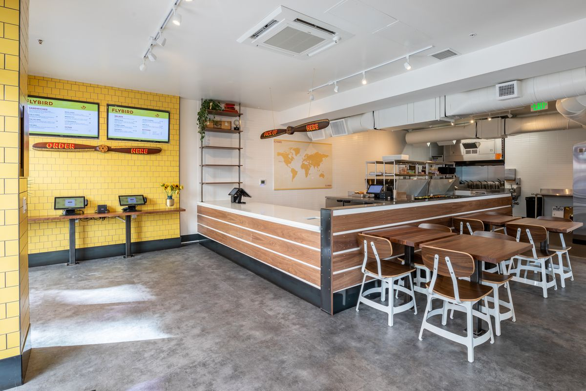 Another view on the dining room at Flybird
