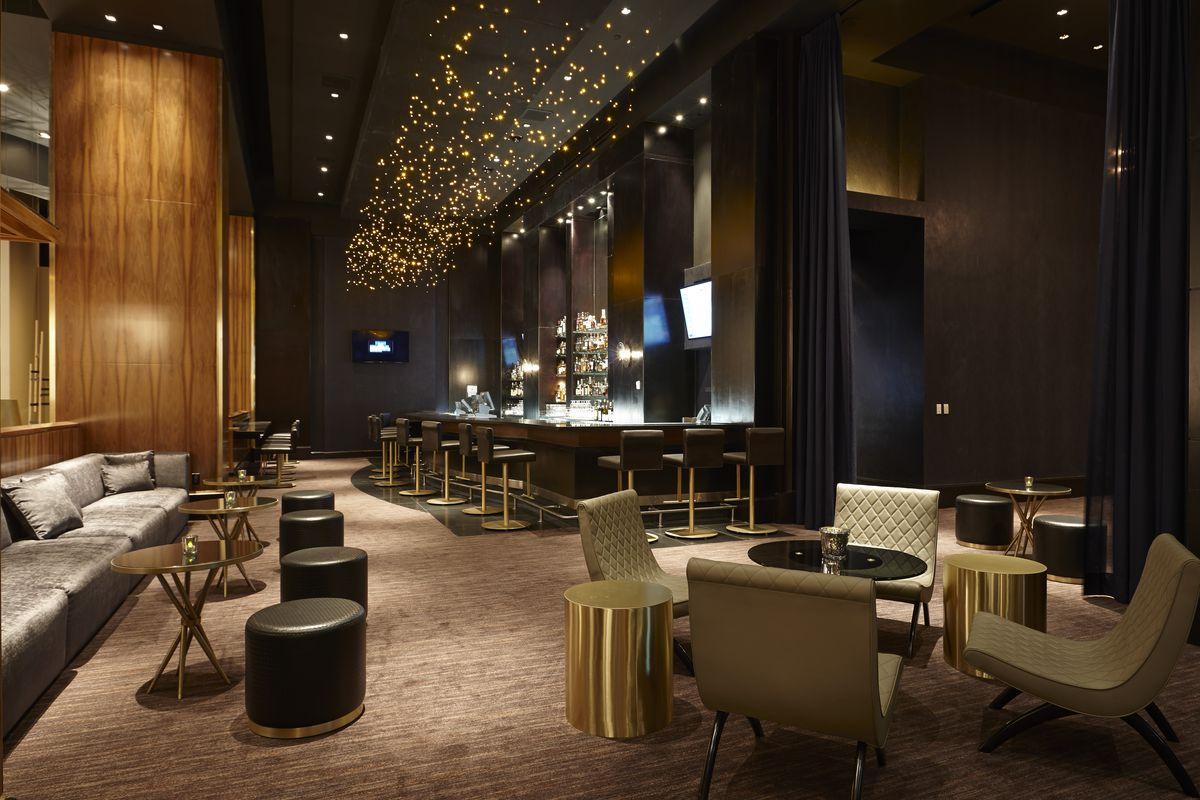 Franklin Lounge