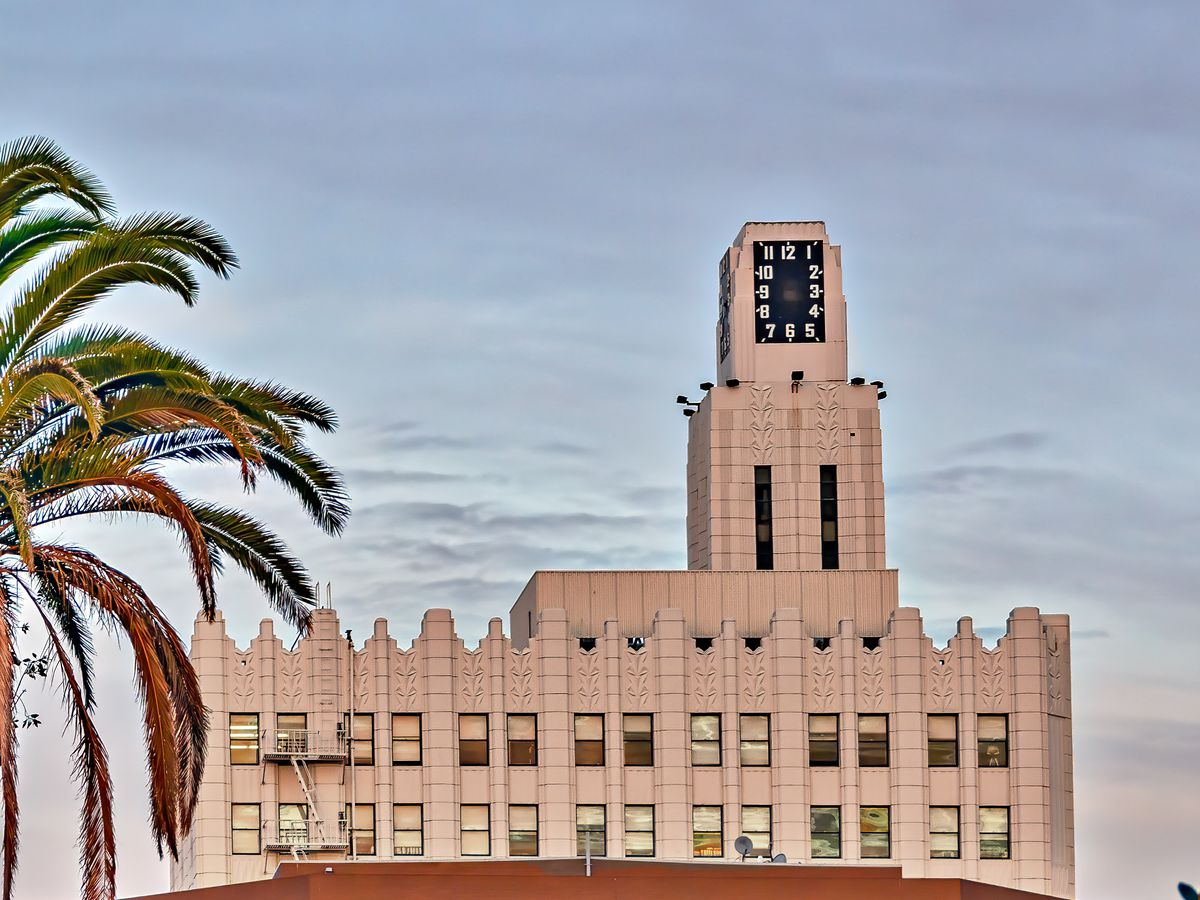 10 Awe Inspiring Art Deco Buildings In Los Angeles Curbed La