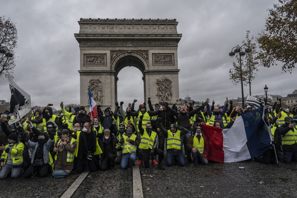 France S Yellow Vests Protests Against Macron Turning Deadlier Vox