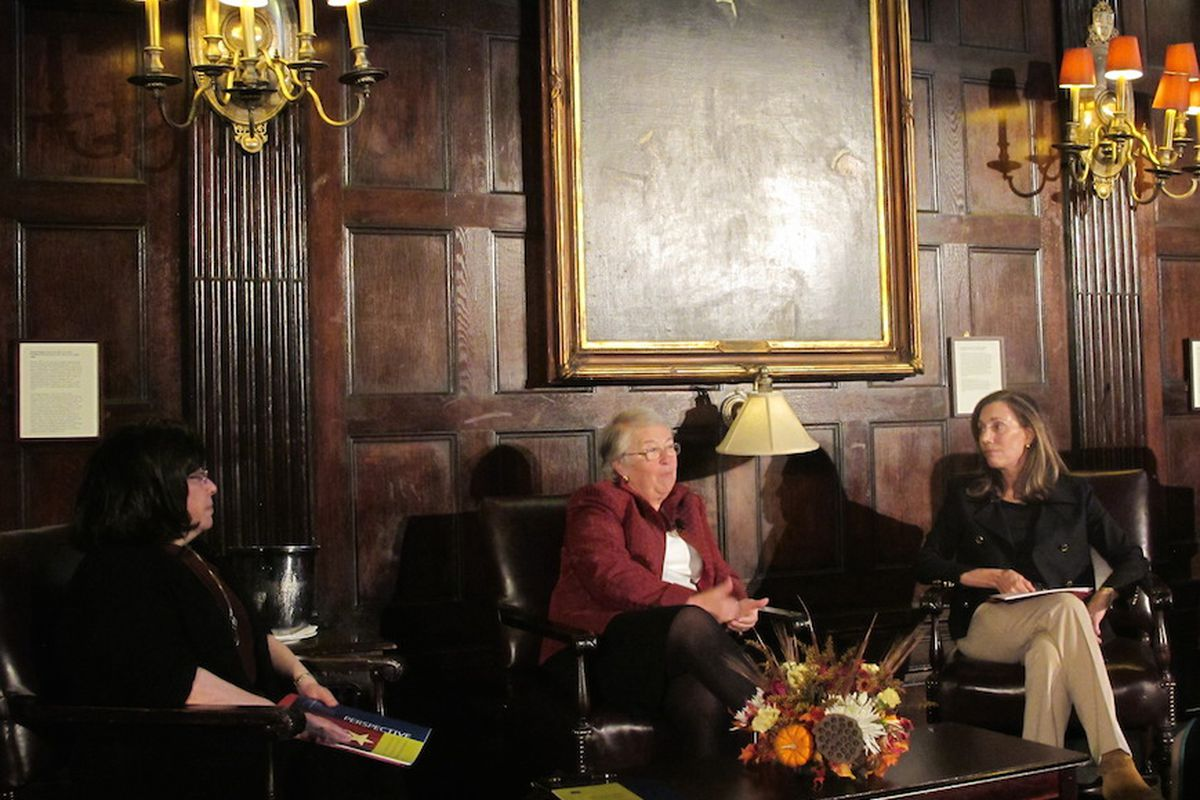 Chancellor Fariña speaks with moderator Jane Williams, right, and Jody Spiro, of the Wallace Foundation, left.