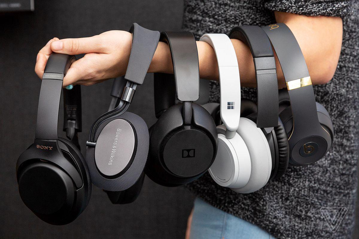 e6a48b5428f The Verge 2018 tech report card: Headphones - The Verge