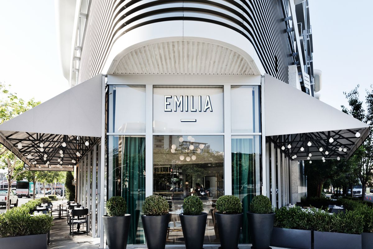 Beverly Hills The Larder Replacement Is An Art Deco Italian