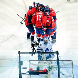 Capitals Celebrate in Front of Reimer