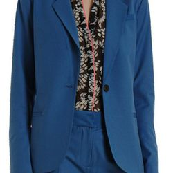 "<a href= ""http://www.barneyswarehouse.com/on/demandware.store/Sites-BNYWS-Site/default/Product-Show?pid=501773253&cgid=womens&index=69"">ELIZABETH AND JAMES Spring Jim Blazer</a>, $395 now $96"