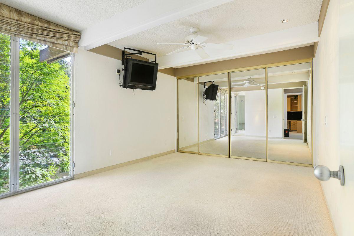 Bedroom with floor-to-ceiling windows