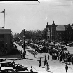 University Avenue in about 1930.