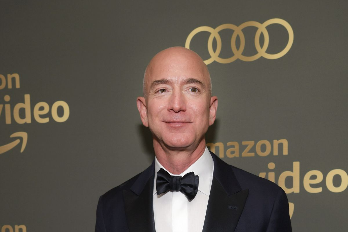 Jeff Bezos at the Super Bowl will spark Seahawks ownership rumors