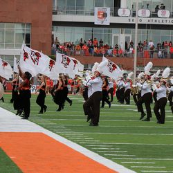 The Bowling Green Band start the game.